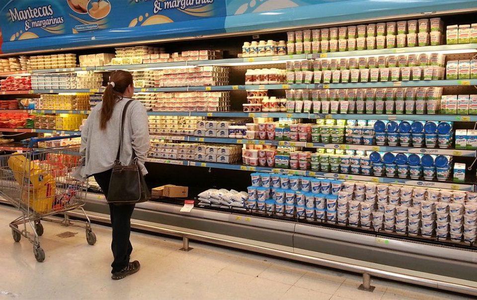 Infraganti: La demoraron mientras intentaba llevarse productos del supermercado