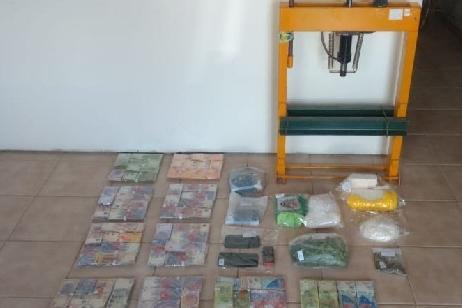 Impresionante golpe al narcotráfico en Roca: secuestran un cargamento de millones de pesos