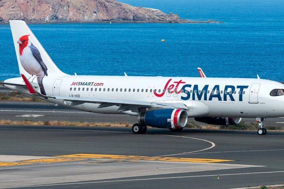 Descuentos de pasajes y más frecuencias: todos los beneficios de JetSMART en julio